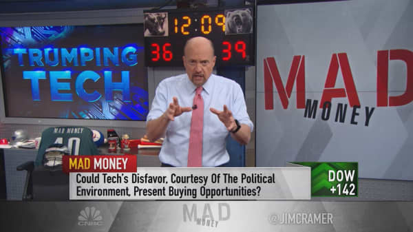 Cramer pins the tech sell-off to Democratic Silicon Valley executives upset about Trump