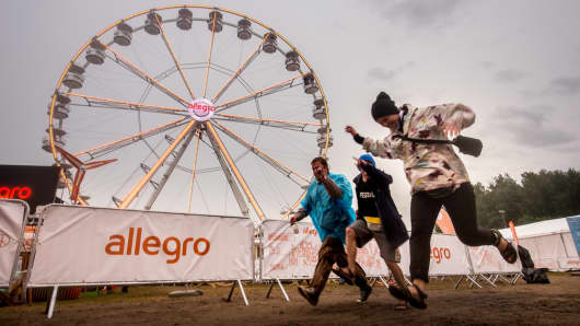 Polish retailer Allegro sponsors cycling campaign Kreckilometry