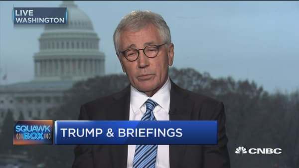 Hagel: I like the idea of a businessman in State Department