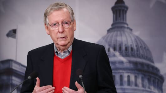 Senate Majority Leader Mitch McConnell speaks to reporters during a news conference at the Capitol, December 12, 2016 in Washington, DC.