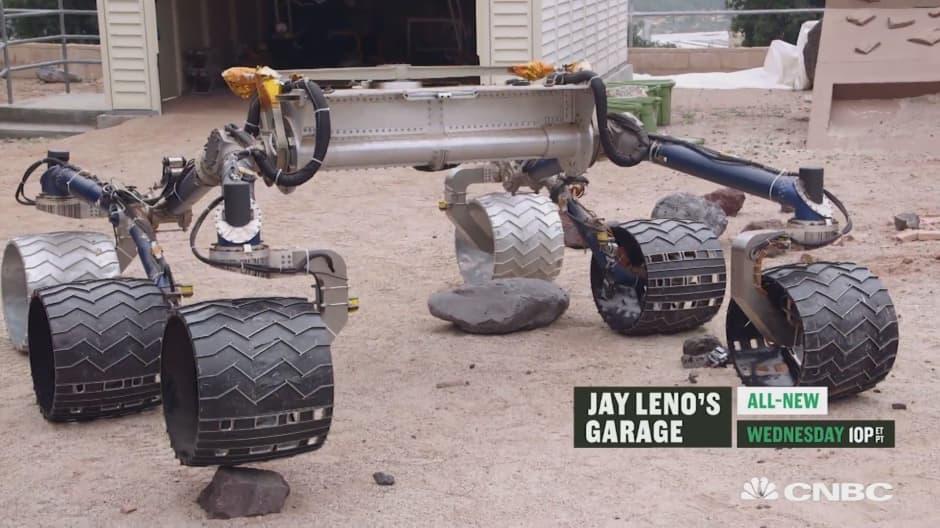 Jay Leno drives the $2.5b Mars Rover