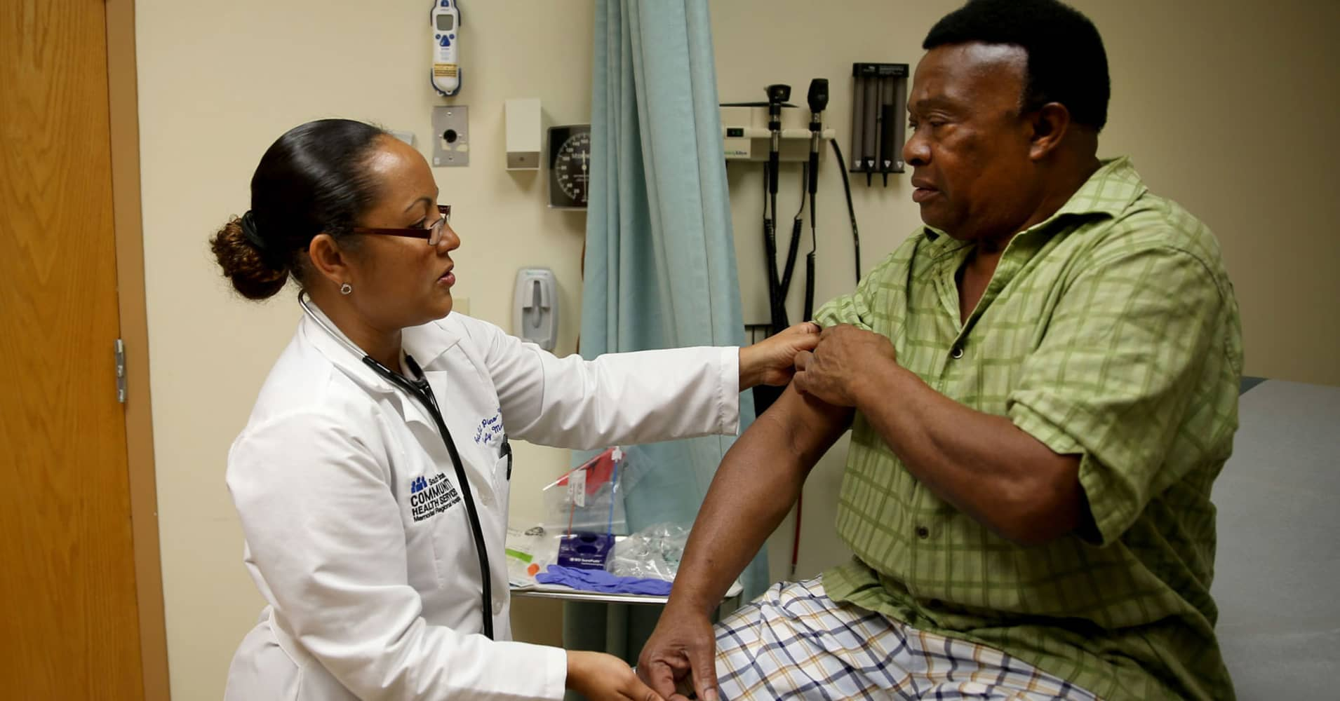Senate Obamacare replacement would lead to 22 million more uninsured in 2026, CBO estimates