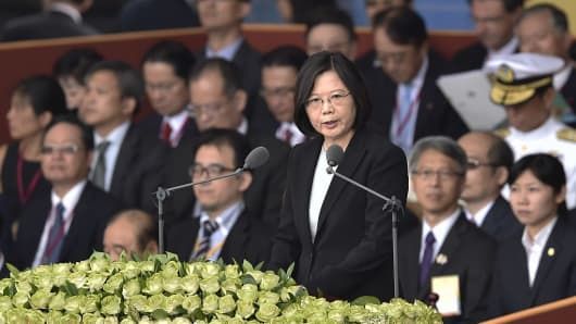 Taiwan President Tsai Ing-wen speaks during National Day celebrations in front of the Presidential Palace in Taipei on October 10, 2016.