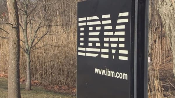 IBM plans to hire 25,000 workers