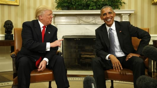 President Barack Obama meets with President-elect Donald Trump (L) to discuss transition plans in the White House Oval Office in Washington, U.S., November 10, 2016.