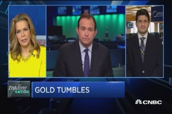 Trading Nation: Gold tumbles