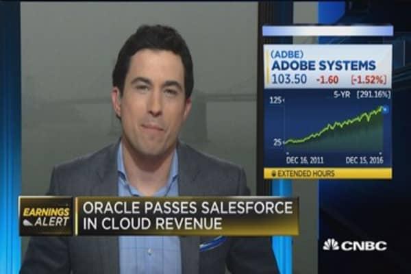 Oracle execs take shots at rival Salesforce
