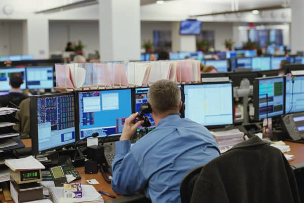stock broker, trader