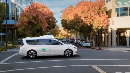Waymo teams with Avis to keep self-driving cars going
