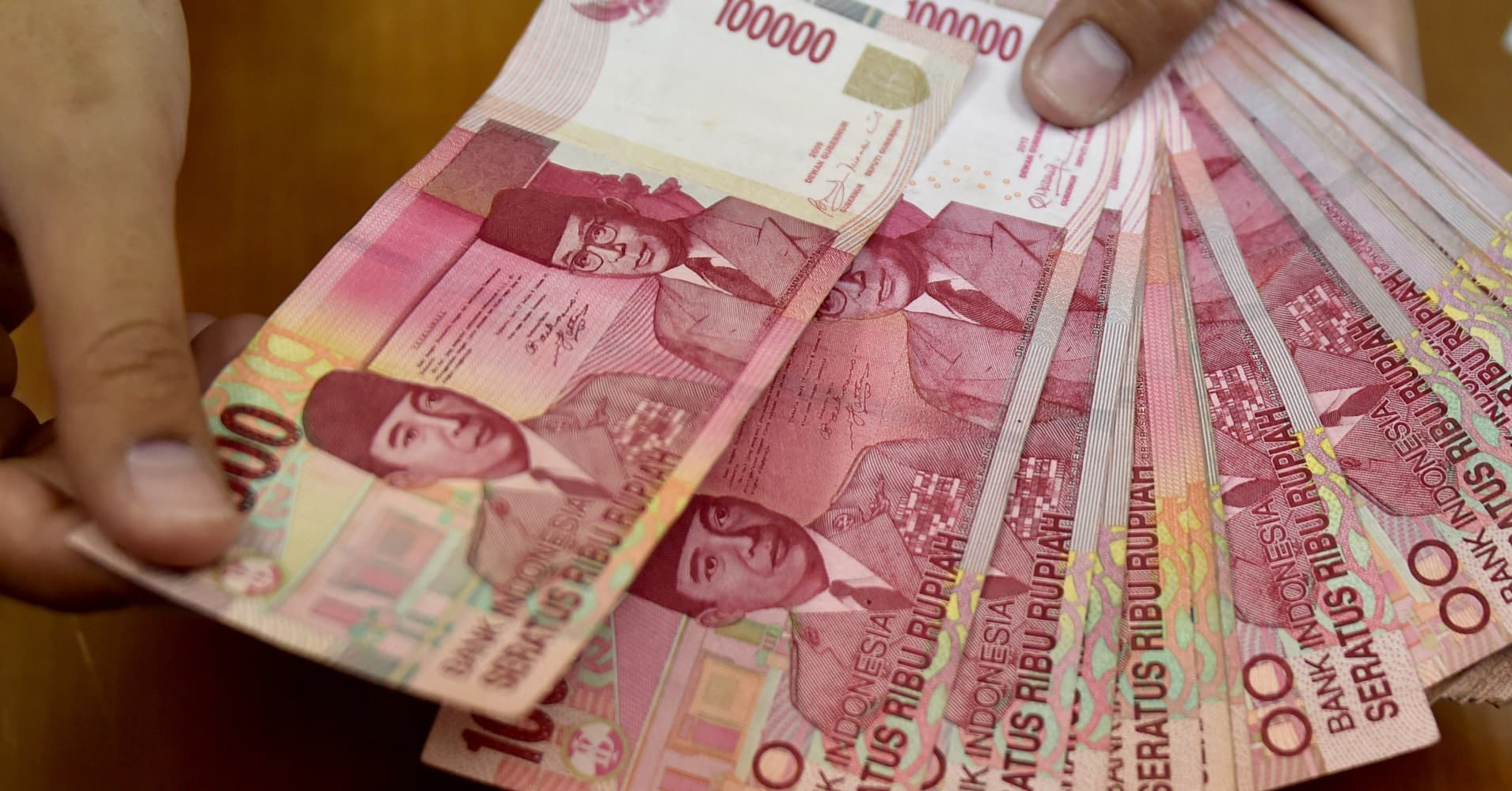 Indonesia Central Bank Looks To Slash Zeroes Off Its
