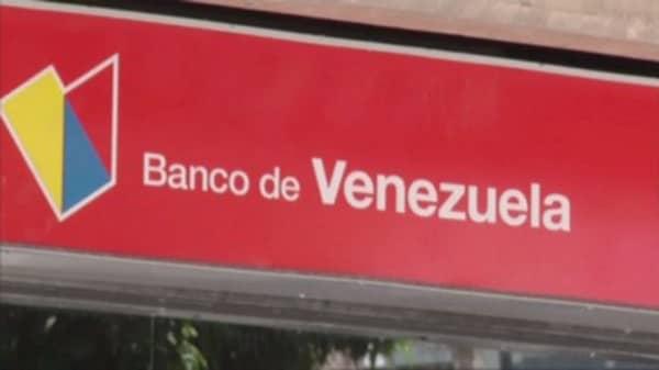 Hundreds arrested in Venezuela cash chaos