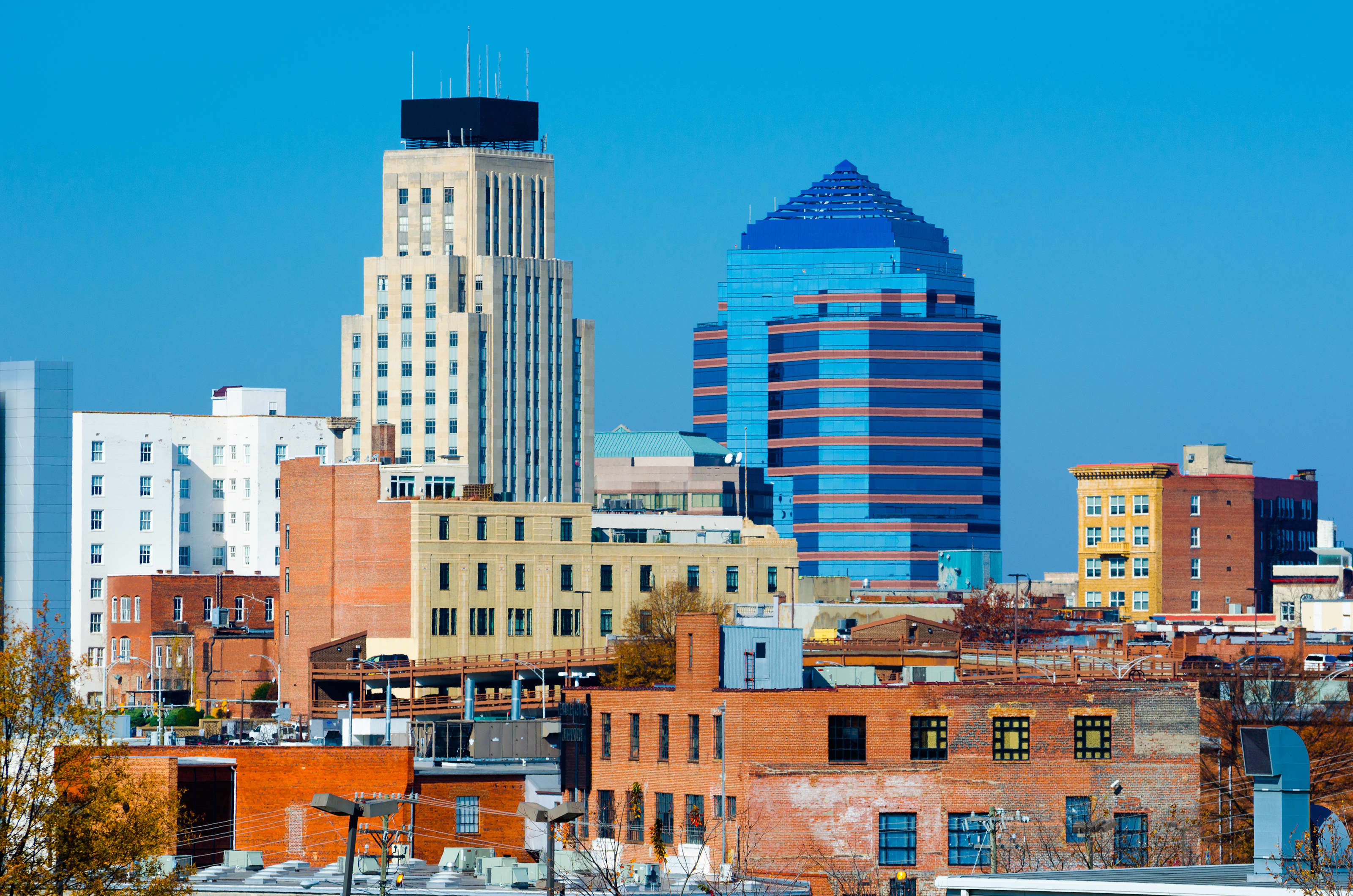 The 10 best cities for return on salary