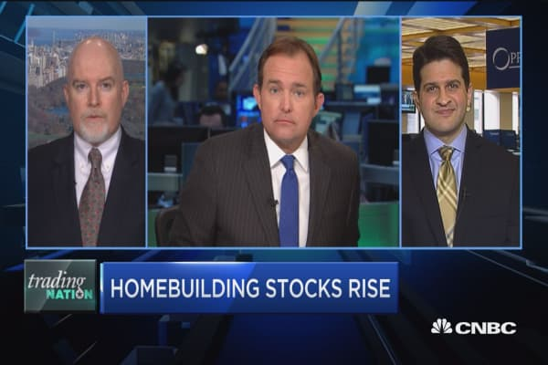 Homebuilding stocks rise
