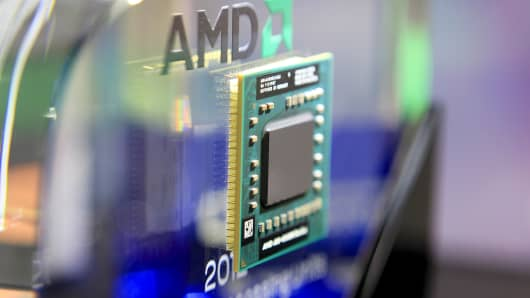 An Advanced Micro Devices AMD-A10-4600M Series APU computer chip.