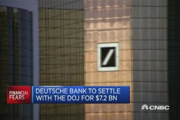 Deutsche Bank, Credit Suisse agree billion-dollar fines with authorities