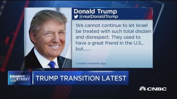 Trump hits Obama on Twitter