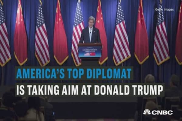 John Kerry takes aim at Donald Trump