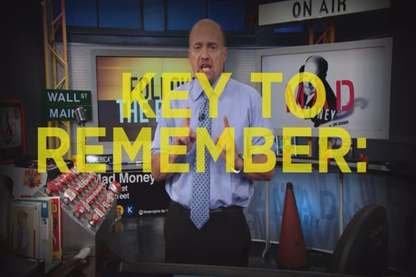 Cramer Remix: The key to protecting your money in a correction