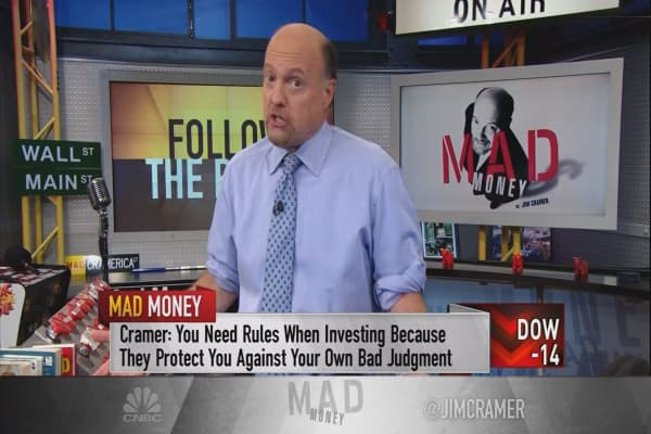 Cramer's rules to bail out when the market finally goes into correction