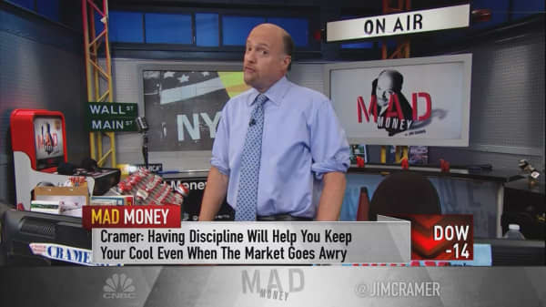 Cramer: The crucial difference between trading and investing