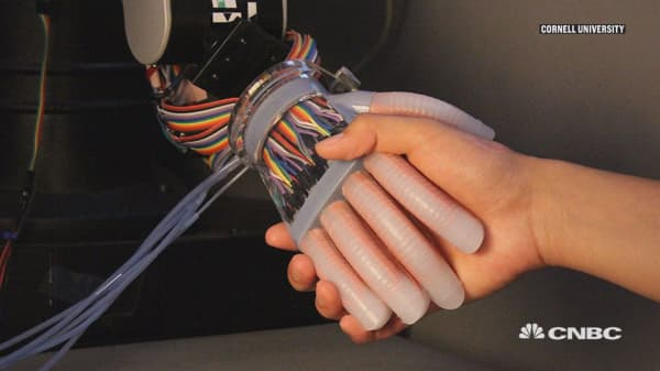 A robotic hand with a human touch