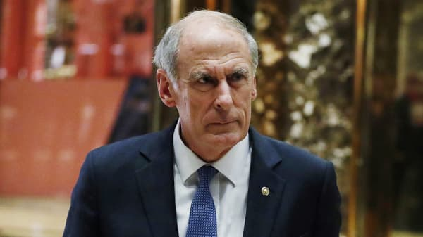 Senator Dan Coats (R-IN) stops to speak to the media after a meeting at Trump Tower with U.S. President-elect Donald Trump in New York, U.S., November 30, 2016.