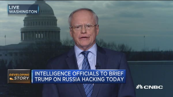 Amb. Jeffrey: Trump's views on intel 'very worrisome'