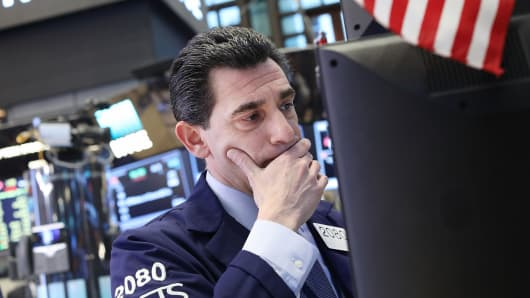 S&P closes barely lower despite N. Korea tensions