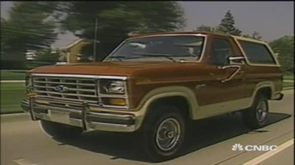 Trump steals the limelight at Detroit Auto Show