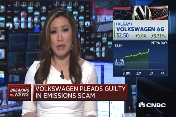 Volkswagen pleads guilty in emissions scam