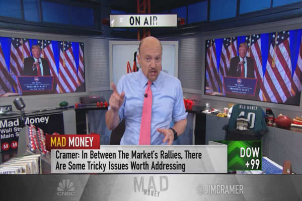 Cramer's 2 sweet-spot plays on Trump's hatred of the pharmaceutical industry