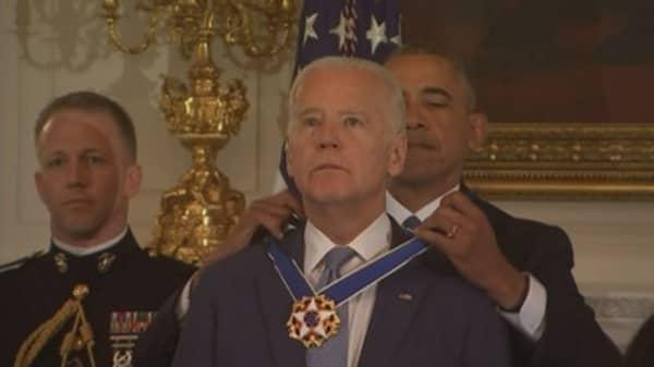 President Obama awards Medal of Freedom to tearful Joe Biden