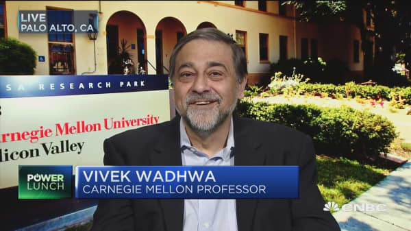 Wadhwa: Trump H1B plans will shift balance in favor of Silicon Valle