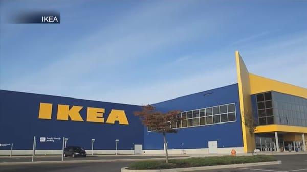Assembling Ikea