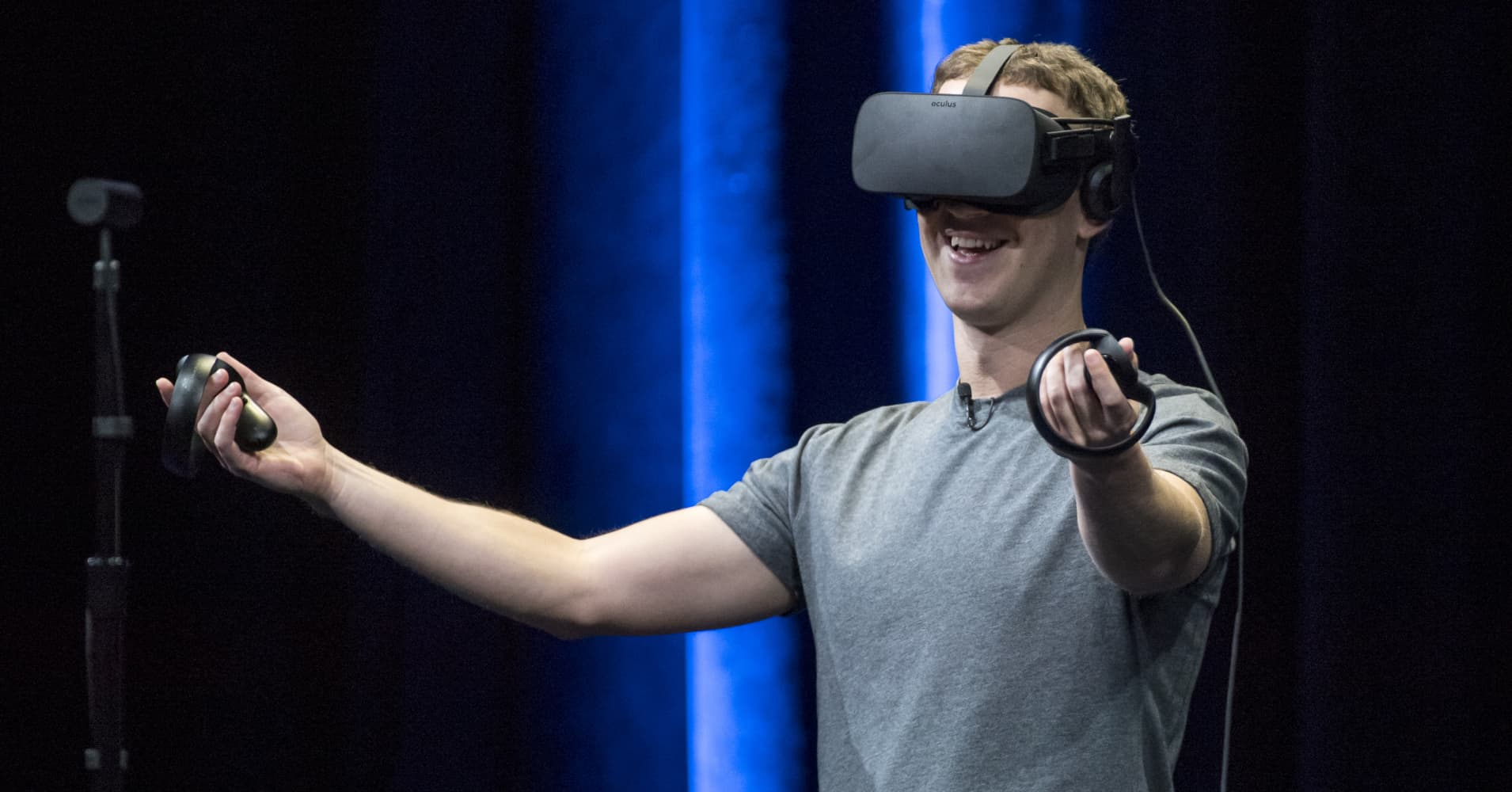 Facebook's $2 billion bet on virtual reality looks like one of Mark Zuckerberg's rare mistakes