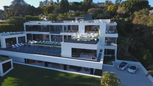 Take a peek inside the most expensive home for sale in the us for Most expensive homes for sale in california