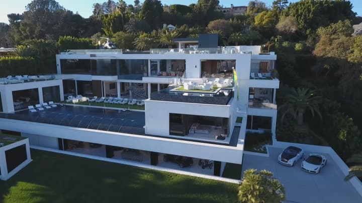 Secret lives of the super rich america 39 s most expensive for Most expensive homes for sale in california