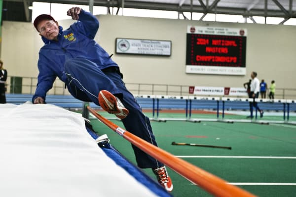 Leland McPhie, practices at the 2014 USA Track and Field National Masters Indoor Track and Field Championships