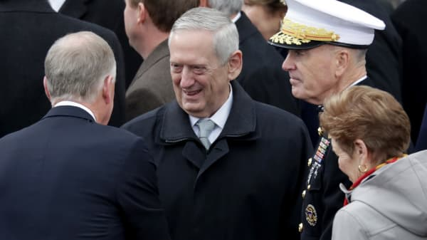 Donald Trump's Defense Secretary Gen. James Mattis (C) arrives on the West Front of the U.S. Capitol on January 20, 2017 in Washington, DC.