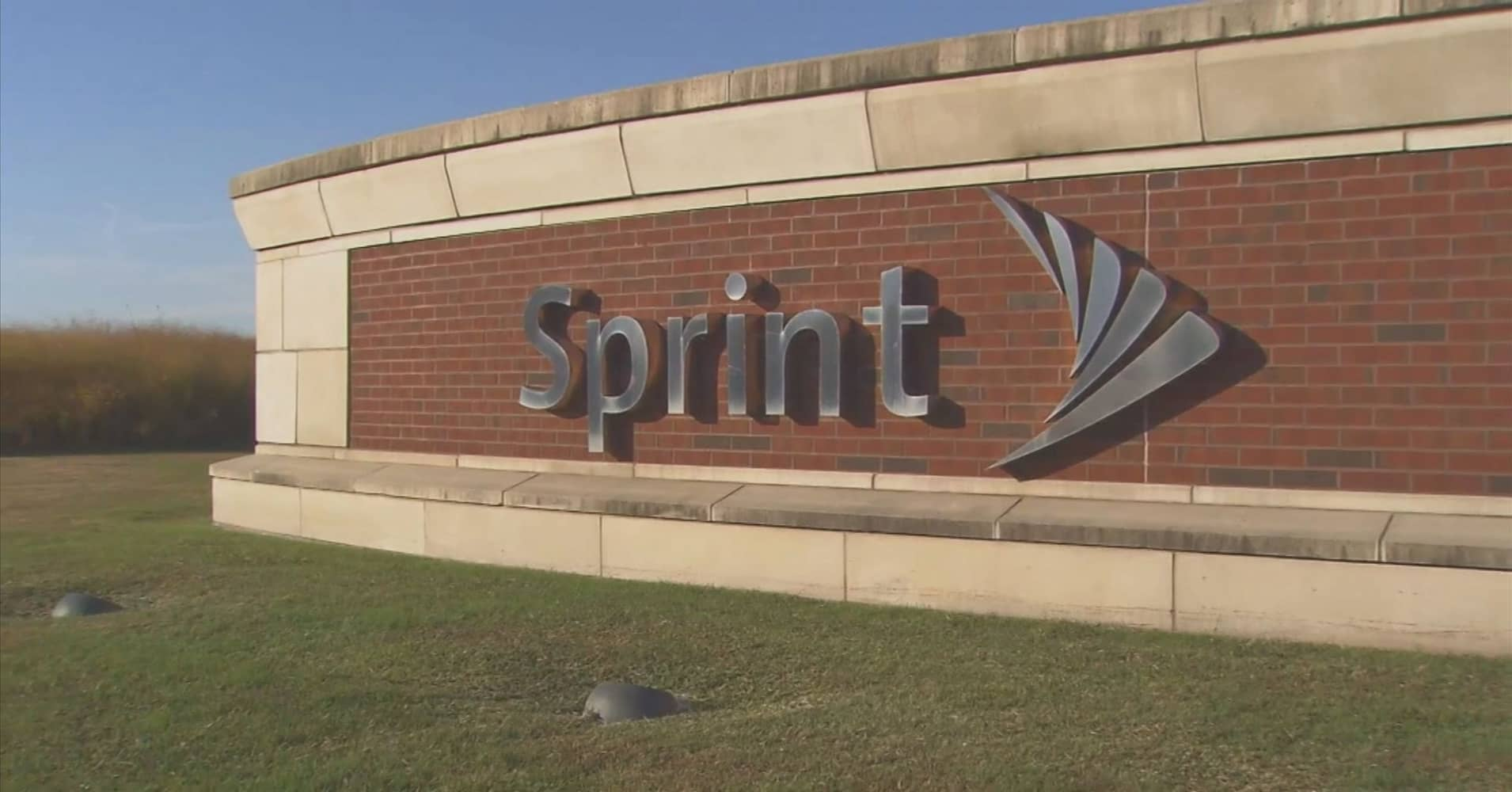 Sprint to buy 33 of jay zs tidal malvernweather Images