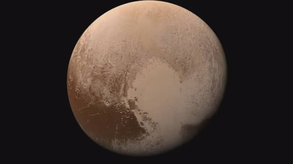 This is what it looks like to land on Pluto
