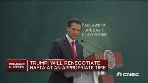 Mexico doesn't want to build walls, but build bridges: Mexico pres.