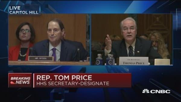 Sen. Wyden grills Rep. Tom Price over stock holdings