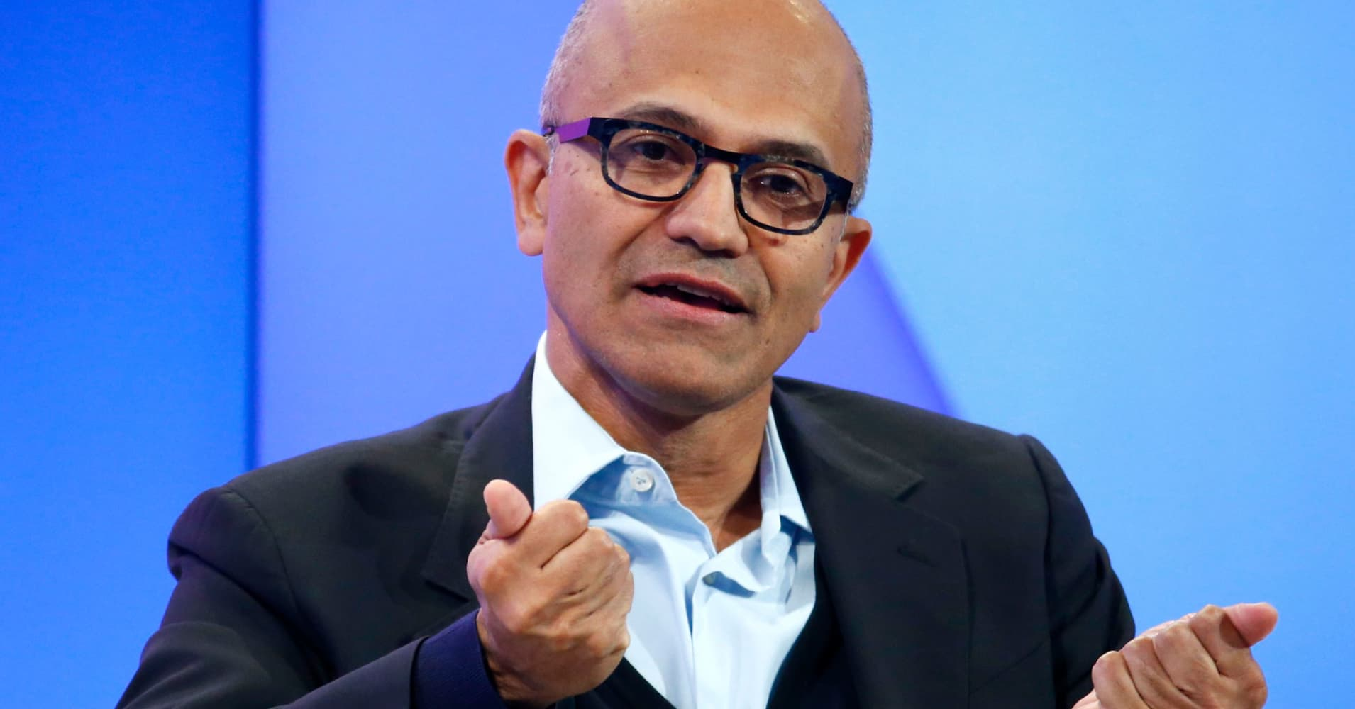 Retailers push cloud-data start-up Snowflake to partner with Microsoft instead of Amazon