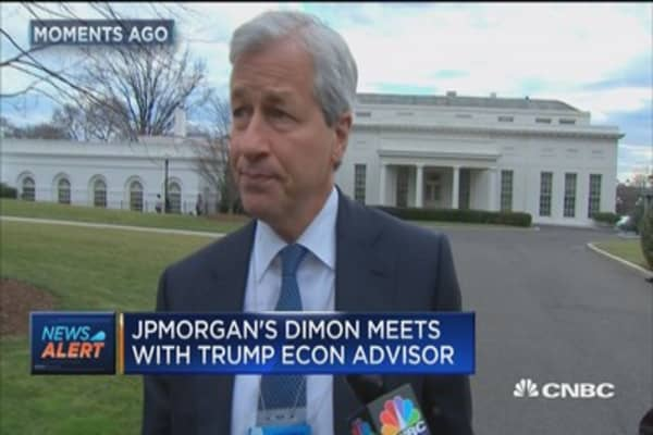 JPMorgan's Dimon meets with Trump econ advisor