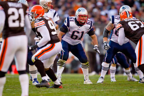 Stephen Neal #61 of the New England Patriots in action against the Cleveland Browns.