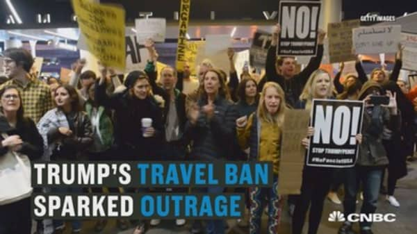Google leads corporate dissent against Trump's travel ban