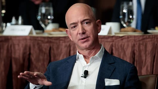 Amazon CEO Bezos looking to give away some of his fortune