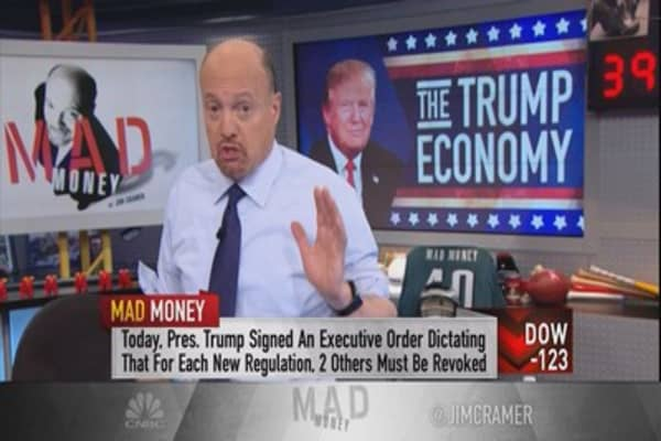 Cramer teaches you how to profit from Trump's comments