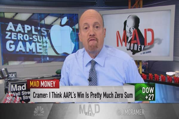 Cramer: How Apple powered Facebook's win